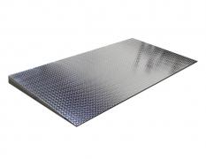 4' x 8' Diamond Plate Starter Ramp