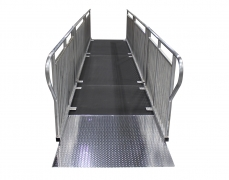 4' x 4' Diamond Plate Starter Ramp - Front View