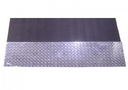 1ft x 4ft Diamond Plate Starter Ramp Front View