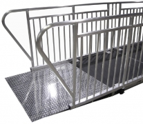 4ft x 4ft Diamond Plate Starter Ramp Side View