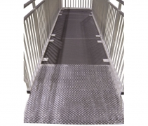 4ft x 4ft Diamond Plate Starter Ramp Front View