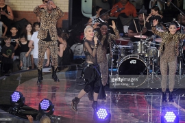 Gwen Stefani performs at Samsung 837, NYC, June 2, 2016