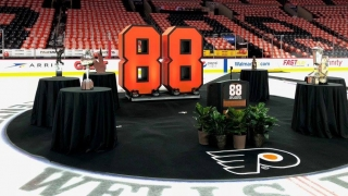 Eric Lindros' Jersey Retirement
