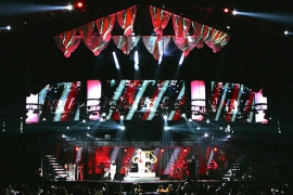 R Kelly Double UpTour- Custom rollingand grated aluminumstage designed and built by Staging Dimensions for Light Action.