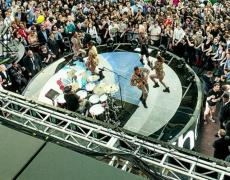 Gwen Stefani performs at Samsung 837, NYC, June 2, 2016